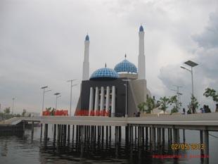MasjidApung1