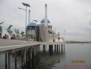 MasjidApung2