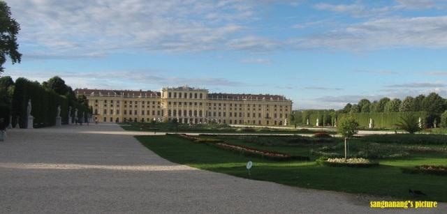Schonbrunn1