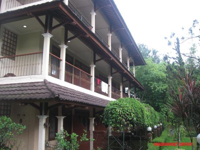 Hotel Taman Sari3