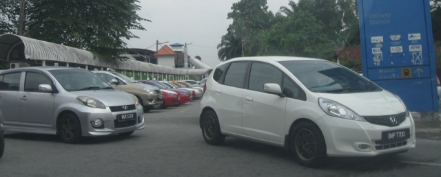 grabcar-malaysia